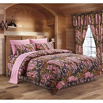 The Woods© Pink Licensed Bed Sheets - Full