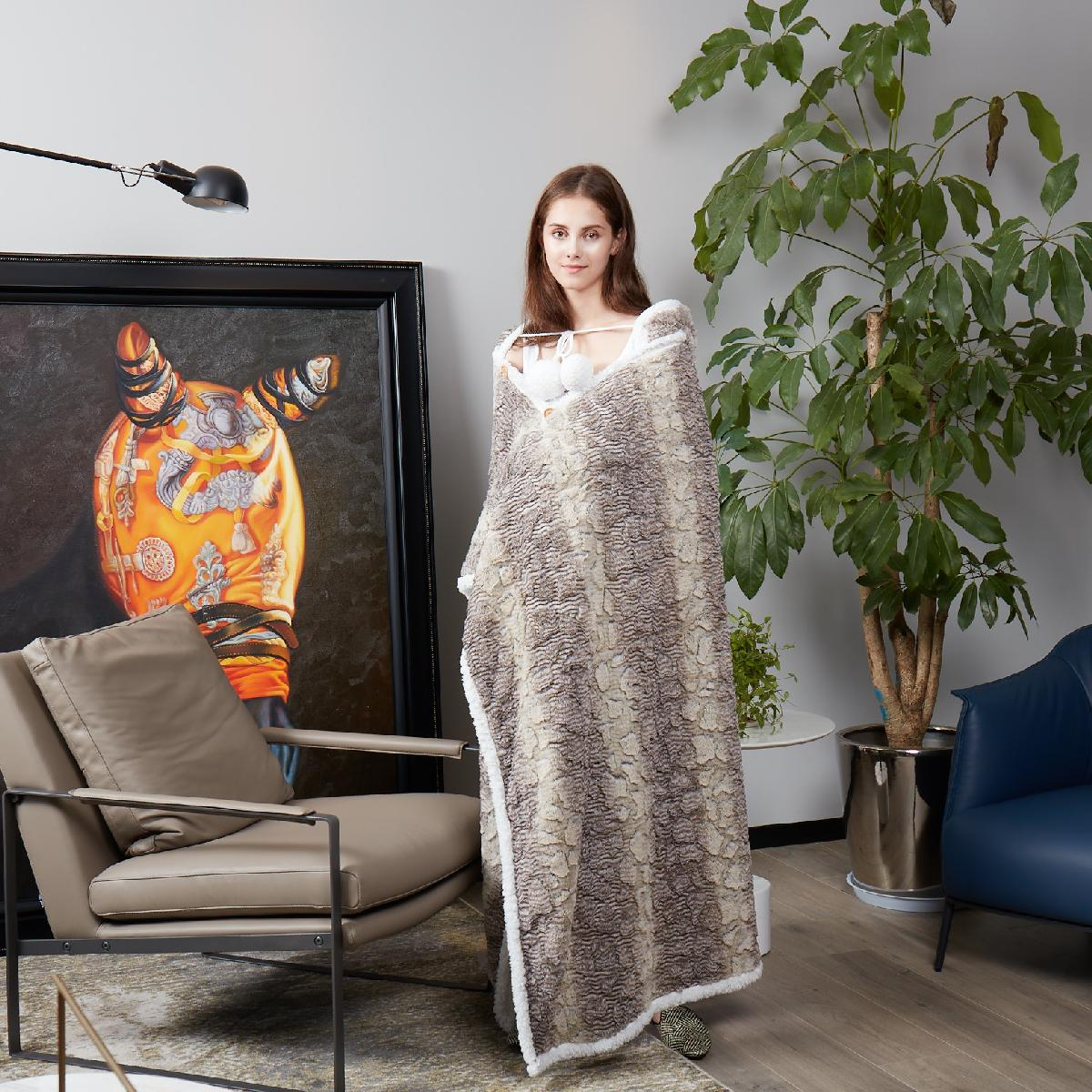 Snake Skin - Wearable Sherpa Throw