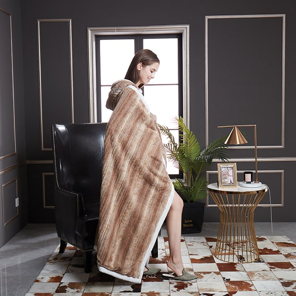 Wooden Ribbon Wearable Sherpa Throw