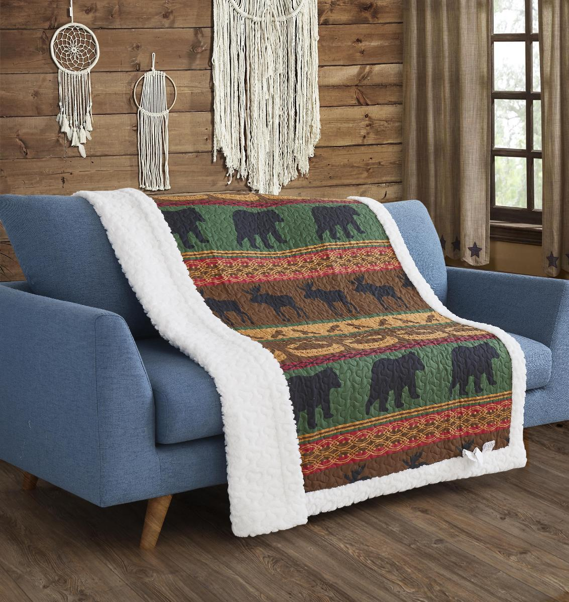 Lodge Preserve Primitive Quilted Sherpa Throw